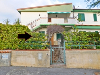 [105] Scalea Terraced House