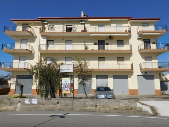 Santa Maria Del Cedro Attic Apartment