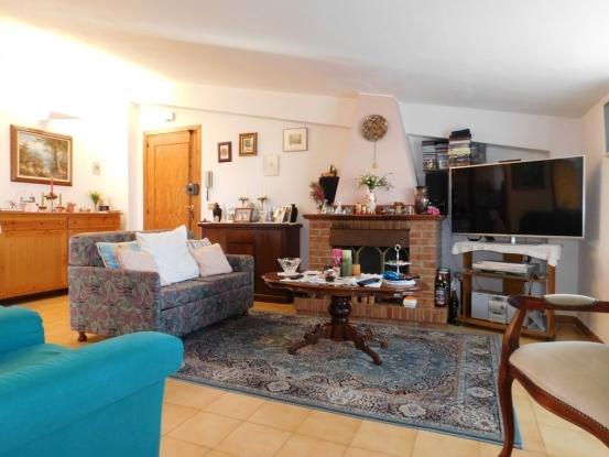 Scalea  Attic Apartment